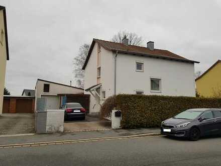 Schönes Haus mit fünf Zimmern in Weiden in der Oberpfalz, Weiden-West