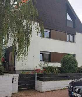 Nettes Haus mit Garten und Balkon mitten in Bad Vilbel