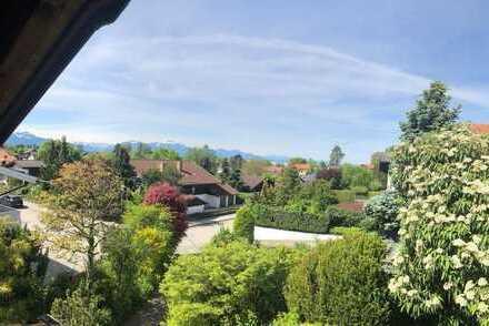 Chieming /Chiemsee Wohnhaus in ruhiger, sonniger Wohnlage mit See- und Bergblick