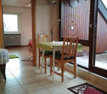Ansprechende 2,5-Zimmer-DG-Wohnung mit Loggia und EBK in Weinstadt-Schnait
