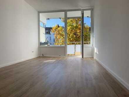 Erstbezug nach Sanierung: stilvolle 1-Zimmer-Wohnung mit EBK und Balkon in München Schwabing- West