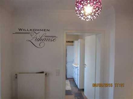 Vollständig renovierte 5-Zimmer-Erdgeschosswohnung mit Balkon und Einbauküche in Hennef (Sieg)