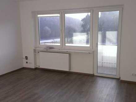 3 Zimmer Wohnung - mit Küche und Bad, Balkon in Ansbach, Stadt