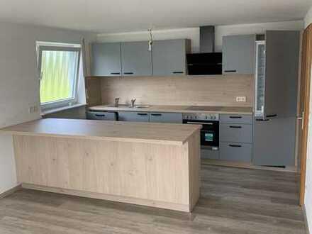 Neuwertige 3-Zimmer-Wohnung mit Balkon und Einbauküche in Frittlingen