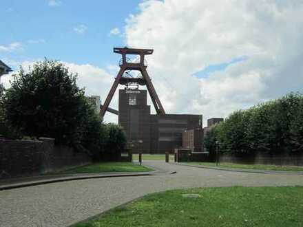 TIEF`im Westen- Nähe Zeche Zollverein!