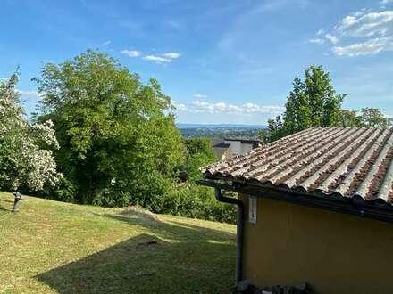 Tolles Freizeit Grundstück in Aussichtslage unterhalb der Katharinenlinde!