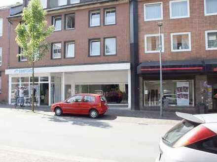 TOP-Ladenlokal mit hochwertigem Laminatboden ab sofort zu vermieten, ca. 448 qm groß