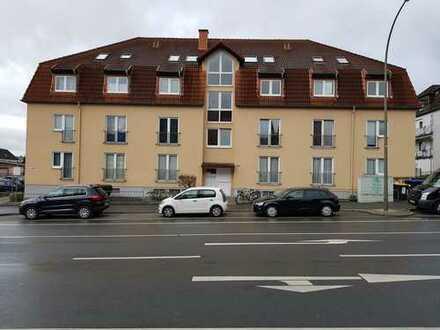 Erstbezug nach Sanierung: Schöne 2,5-Zimmer-Dachgeschosswohnung zur Miete in Dortmund