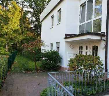 Am Kurpark-Wiesbaden! Elegante, modernisierte 3 Zi.-Mietwohnung mit herrlichem Garten