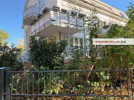 IMMOBERLIN: Ersteinzug nach Sanierung! Helle Wohnung mit Südwestterrasse