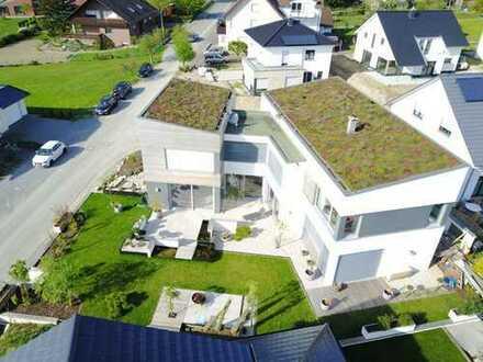 Architekten-Traumhaus mit Einliegerwohnung in 33178 Borchen