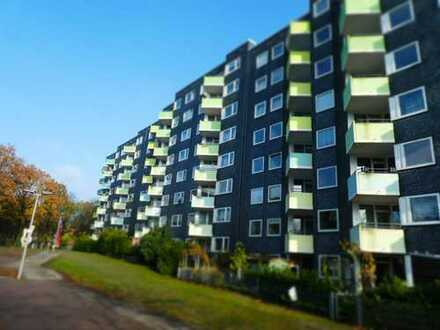 3-Zimmer + Balkon + neues Bad + toller Grundriss = ANSEHEN!