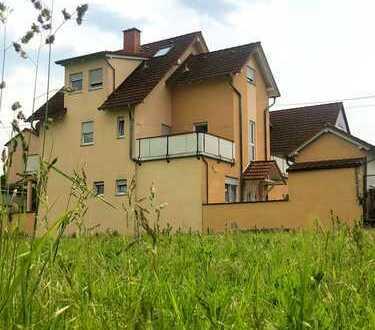 Dreifamilienhaus in attraktiver Feldrandlage in Wiesbaden-Dotzheim!