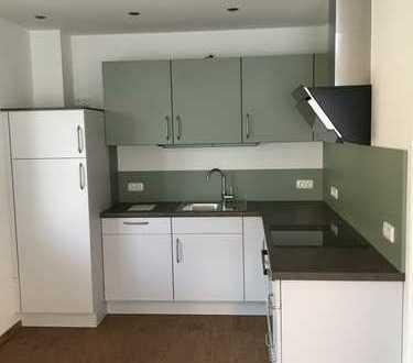 Neuwertige 3-Zimmer-Wohnung mit Balkon und EBK in Schrobenhausen