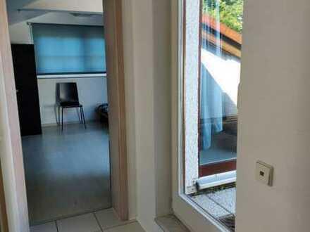 Moderne und gepflegte 1-Zimmer-Wohnung mit Loggia in Heidelberg