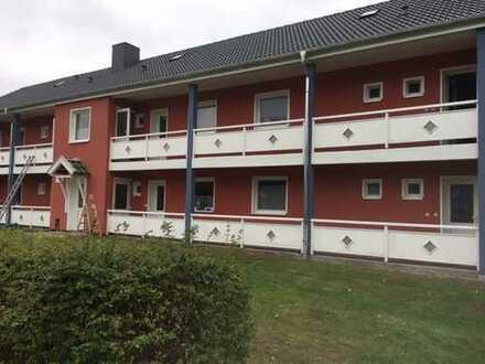 SUSANNE BEYER BIETET AN: Mehrfamilienhaus mit viel Grundstück in Gettorf bei Kiel