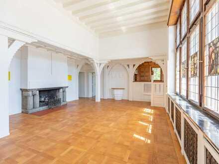Lorettoberg: Drei Etagen in herrschaftlicher Villa