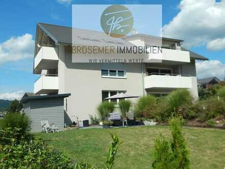 Anpruchvolles Wohnen in bester Lage von Zell a. H.:  2- Zimmer Eigentumswohnung mit großem Garten