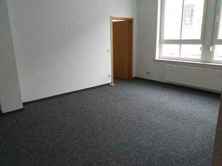 gemütliche Wohnung mit EBK, inkl. Stellplatz