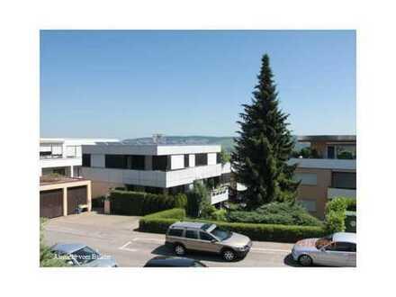 Schöne 3 Zi.-Wohnung mit EBK, Balkon und Aussicht (Provisionsfrei)