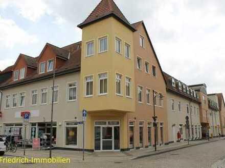 Attraktive Wohnung (auch Alten-u.Behindertengerechte Whg.) im Stadtzentrum