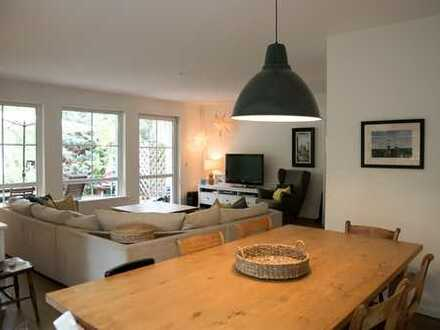 Schönes & ruhiges Doppelhaus mit sechs Zimmern in Kleinmachnow (befristet auf 1 Jahr)