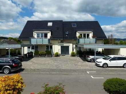 zentrumsnahe und doch ruhig gelegene Wohnung mit Terrasse, 3 Zimmer, Küche, Diele, Bad