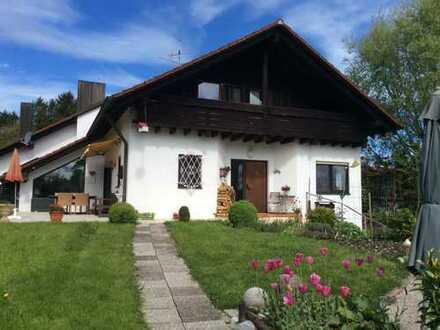 Ruhiges Doppelhaushälfte im Ortskern von Utting