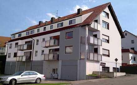 Gut aufgeteilte Wohnung mit Balkon in sanierten MFH