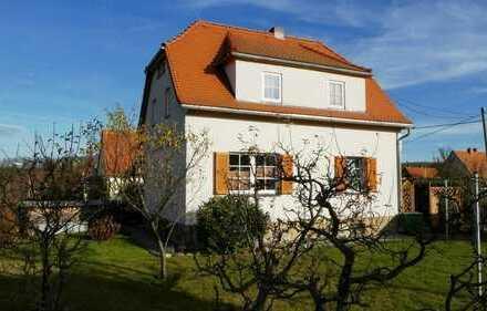 Haus mit zwei Wohnungen und einem kleinen Atelier in Dippoldiswalde