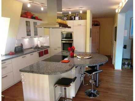 Perfect location, fully furnished renovated, 3-bedroom apartment, balcony, complete finished kitchen