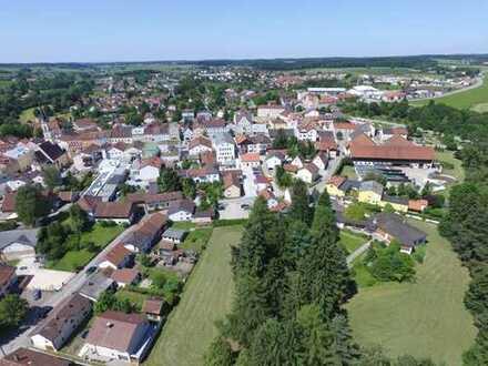 ... moderne Gewerbefläche im EG in A-Lage am Stadtplatz von Neumarkt St. Veit ...