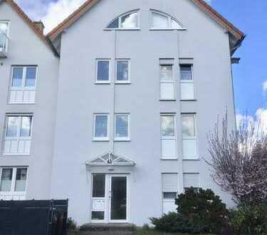 Moderne 3-Zimmer Wohnung in Dormagen, Erstbezug nach Sanierung mit Einbauküche und Balkon