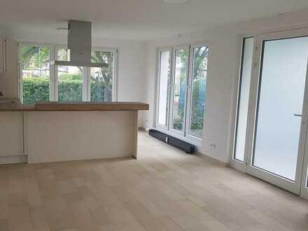 Vollständig renovierte 3-Zimmer-Erdgeschosswohnung mit Balkon und Einbauküche in Königsbronn