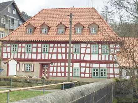 2017 renoviertes Fachwerkhaus** Idyllisch**3 Zi ca.78 m²