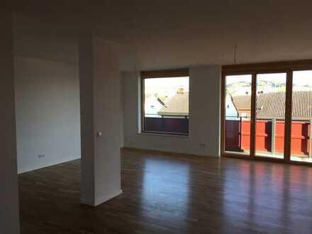 Schöne vier Zimmer Wohnung in Deggendorf