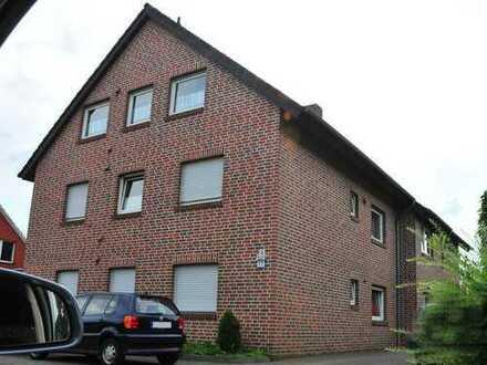 Ramsloh - Schöne 4-Zimmer-Wohnung mit Balkon und Einbauküche