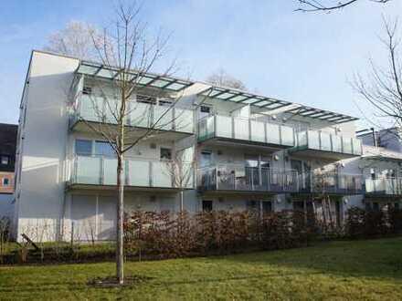 Erdgeschoss - Schöne 3-Zimmer-Wohnung mit eigenem Garten in Bahnhofsnähe
