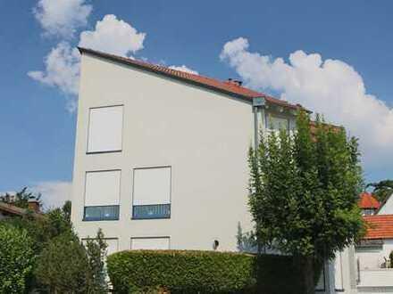 Exklusiv wohnen in moderner 3-Zimmer-Maisonettewohnung in Klein-Karben