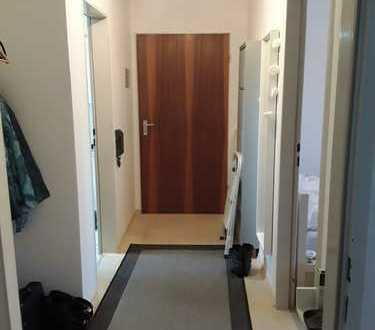 (noch bewohnte) helle 2 Zi, Küche, Bad, DG-Wohnung in ruhiger Lage zum 01.06.19 zu vermieten