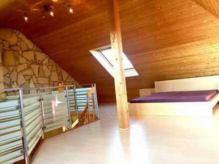 Ansprechende 4-Zimmer-Maisonette-Wohnung mit Balkon und EBK in Rödersheim-Gronau