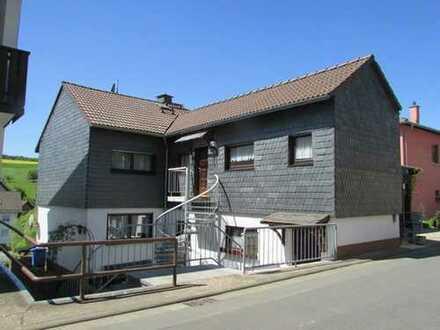 Einfamilienhaus mit Einliegerwohnung in Breitenbrunn sucht neue Eigentümer