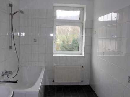 Große schön geschnittene 3 Zimmer Wohnung !