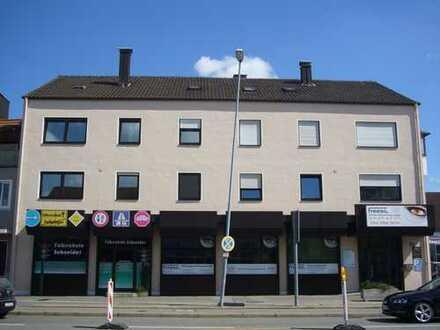 Viel Platz in unmittelbarer Nähe zur Audi / Innenstadt in einer frisch Renovierten Wohnung
