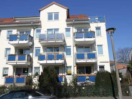 Helle Neubau-Wohnung mit gutem Grundriss u. Balkon in gepfl. Wohnanlage/Kauf TG-Stellplatz optional