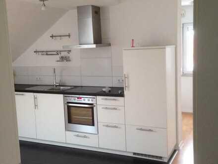 3,5-Zimmer-DG-Wohnung mit EBK in Gingen Fils