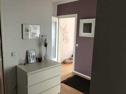 Schön geschnittene, helle 3-Zimmer-Wohnung mit EBK und Balkon in ruhiger Wohnanlage