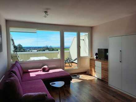 1 Zimmer Apartment mit großem, sonnigen Balkon und traumhafter Aussicht in Tettnang Oberhof