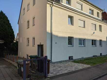 Gemütlich 2-Zimmer Wohnung mit EBK im Halb-UG