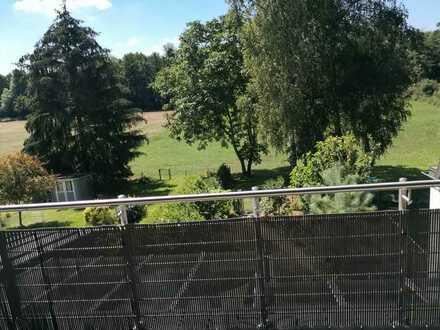 Schöne 4 Zimmerwohnung mit Balkon am Waldrand gelegen